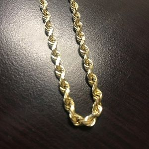 Jewelry - 10K Yellow Gold solid Rope chain 20 inches